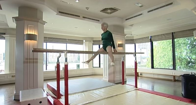 Johanna Quaas - 86 year old gymnist